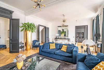 Appartement à vendre à BORDEAUX Lestonat-Monsejour 4 - 7 pièces - 410 m²