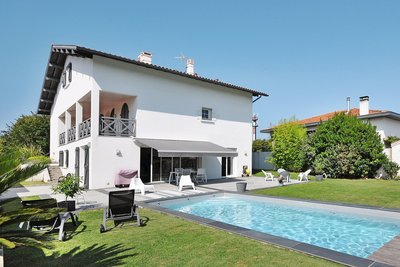 Houses for sale in Biarritz