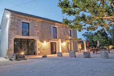 Maison à vendre à ST-RÉMY-DE-PROVENCE  - 8 pièces - 169 m²