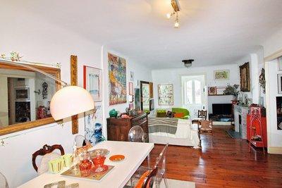 - 2 rooms - 65 m²