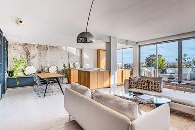 Apartment for sale in BORDEAUX  - 10 rooms - 230 m²