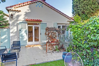 House for sale in MANDELIEU-LA-NAPOULE  - 4 rooms - 85 m²