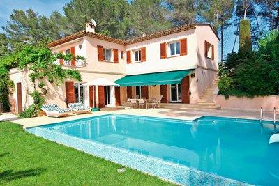 House for sale in MANDELIEU-LA-NAPOULE  - 5 rooms - 200 m²