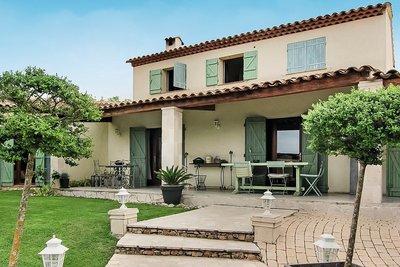 Maison à vendre à MOUANS-SARTOUX  - 6 pièces - 230 m²