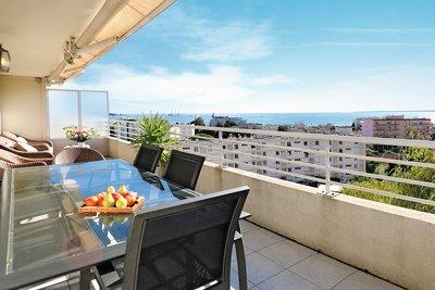 Apartment for sale in JUAN-LES-PINS  - 3 rooms - 96 m²