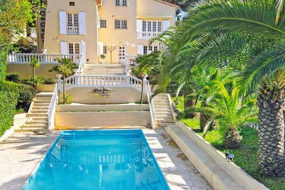 House for sale in CANNES  - 8 rooms - 300 m²