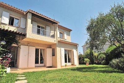 House for sale in MANDELIEU-LA-NAPOULE  - 5 rooms - 117 m²