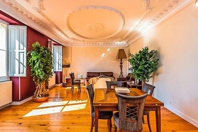 Apartment for sale in BORDEAUX  - 6 rooms - 200 m²