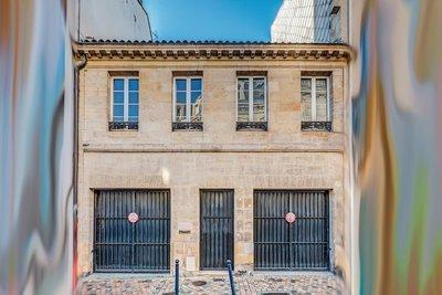 Bien à vendre à BORDEAUX  - 15 pièces - 350 m²