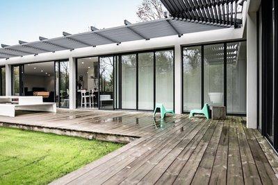 - 7 pièces - 252 m²