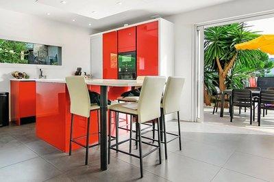 Maison à vendre à LA ROQUETTE-SUR-SIAGNE  - 5 pièces - 98 m²