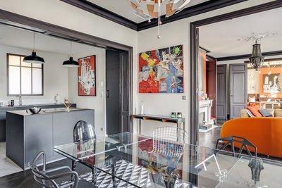 - 9 pièces - 240 m²