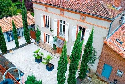 - 8 rooms - 260 m²