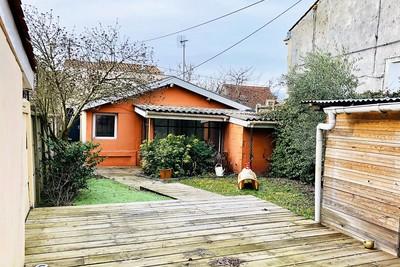 - 7 pièces - 145 m²