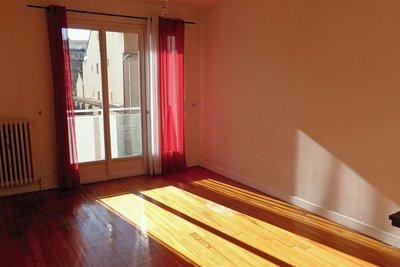 - 3 rooms - 59 m²