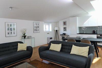 - 5 rooms - 124 m²