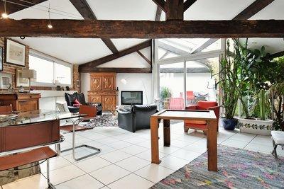 - 5 rooms - 138 m²
