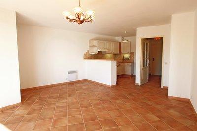 LA CROIX-VALMER - Appartements à vendre