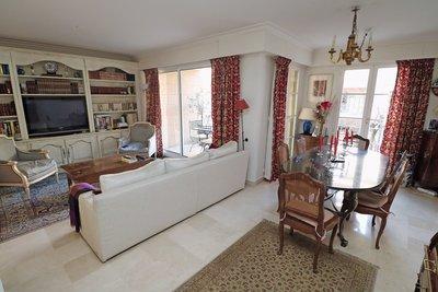 - 5 rooms - 97 m²