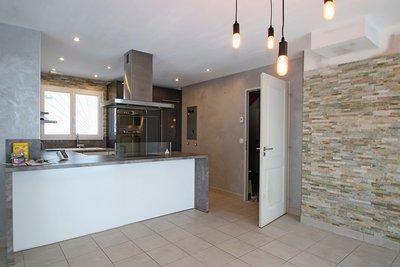 - 8 pièces - 108 m²