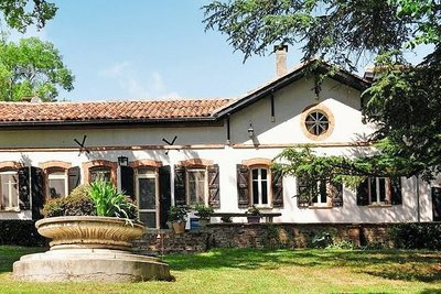 Houses for sale in La Salvetat-St-Gilles