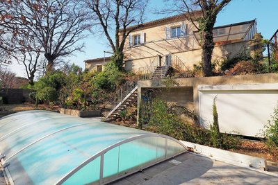 - 5 pièces - 155 m²