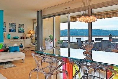 - 6 rooms - 160 m²