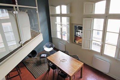 - 2 rooms - 56 m²
