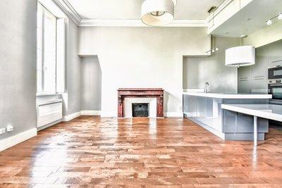 - 4 rooms - 104 m²