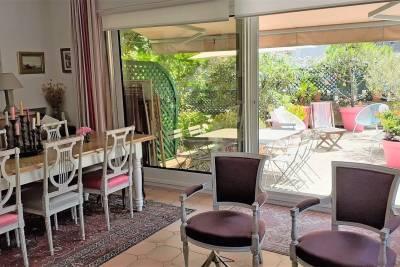 - 6 rooms - 124 m²