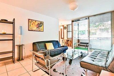 - 2 rooms - 66 m²