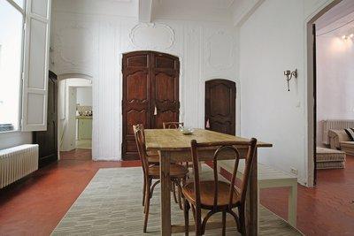- 6 rooms - 147 m²