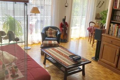 - 5 rooms - 90 m²