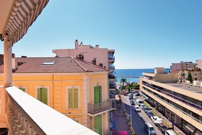ST-RAPHAËL - Apartments for sale