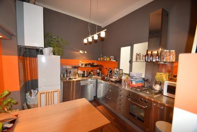 - 5 rooms - 98 m²
