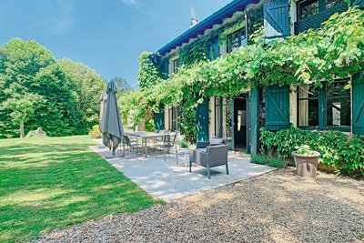 ARBONNE - Houses for sale