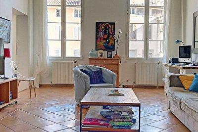 - 3 rooms - 83 m²