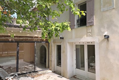 - 10 rooms - 236 m²