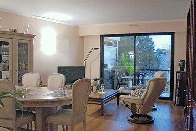 - 3 pièces - 7225 m²