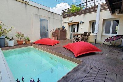 - 5 pièces - 148 m²