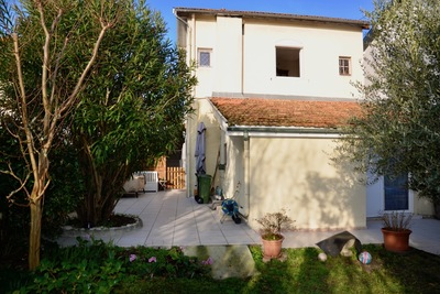 BORDEAUX - Houses for sale