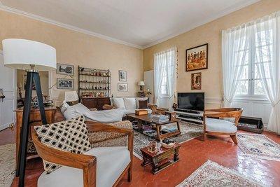 - 4 rooms - 158 m²