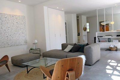 - 8 pièces - 244 m²