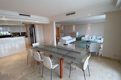 - 5 pièces - 156 m²