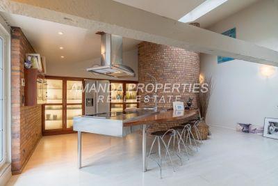 - 5 rooms - 155 m²