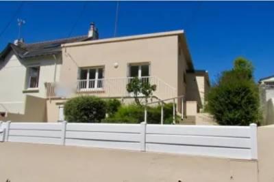 LA BAULE - Houses for sale