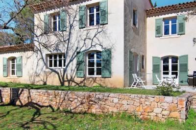 - 5 rooms - 178 m²