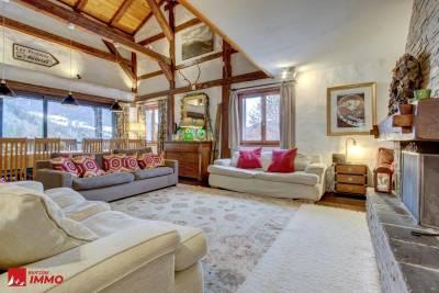 - 12 rooms - 3776 m²