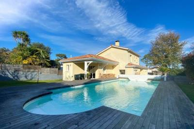 ANGLET - Houses for sale