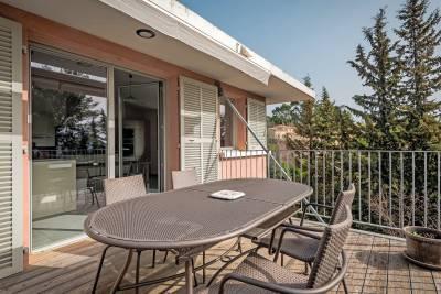 - 4 rooms - 110 m²